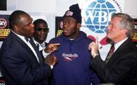Bentt defended his WBO title against Herbie Hide 