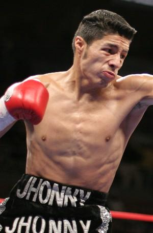 Jhonny Gonzalez defends his WBC title