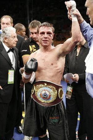 Michael Katsidis wins: HoganPhotos.com
