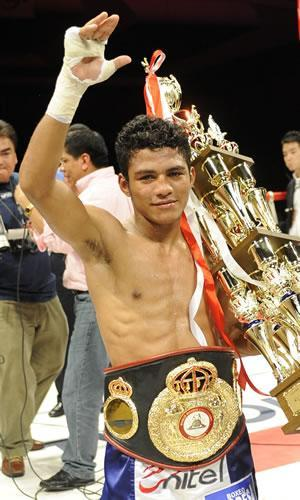 Roman Gonzalez McGovern 19