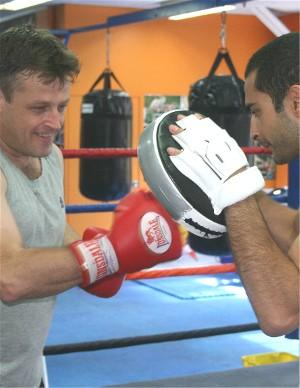 Vic Darchinyan works Kevin Barr on the pads