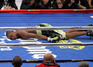 Williams was flattened by Sergio Martinez