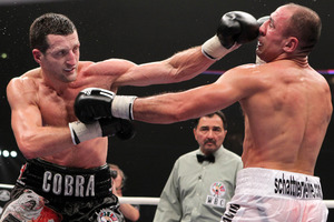 002 Froch vs Abraham Jab IMG_0806
