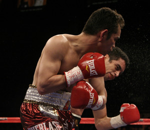 Donaire impressed against Montiel (pic Sumio Yamada)
