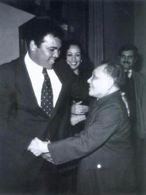 Chinese Chairman Deng Xiaoping Greets Muhammad Ali