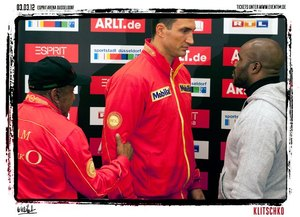 Klitschko towers over  Mormeck
