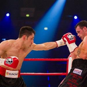 Geale defeated Sturm to  win WBA crown
