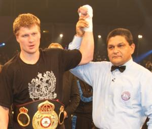 Povetkin has his hand raised in Hamburg
