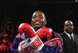 Broner smiles beofore work