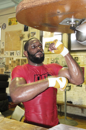 Bryant Jennings on the speed ball