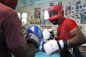 Bryant Jennings sparring