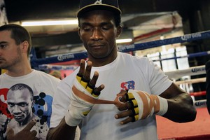 Bika fights for vacant title