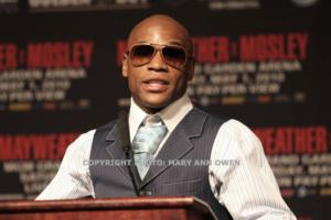 Mayweather jr in no rush (picmary Ann Owen)