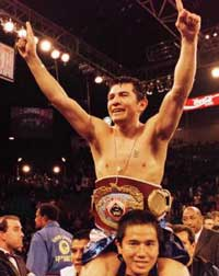 Mexican legend Barrera seemed fortunate to retain his title against Juarez